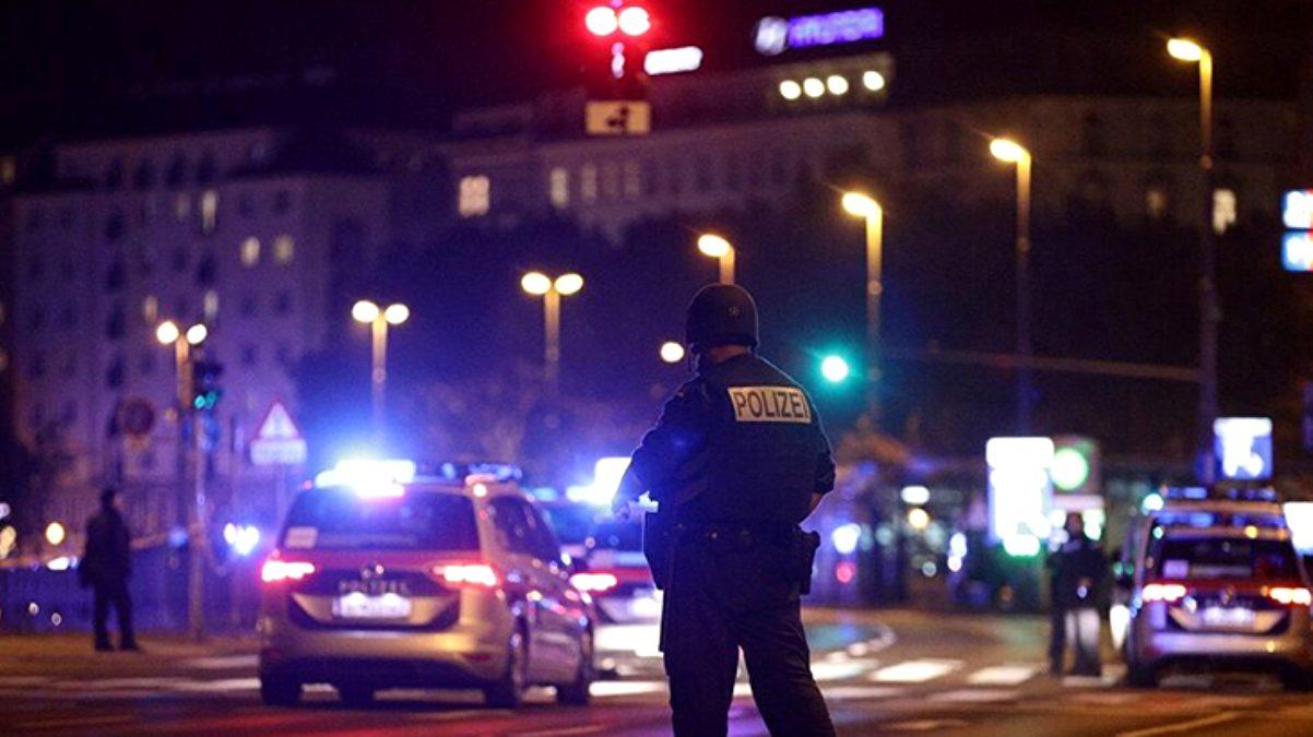 2 ölü, 15 yaralı! Viyana'da sinagog yakınlarındaki terör saldırısını Türkiye şiddetle kınadı