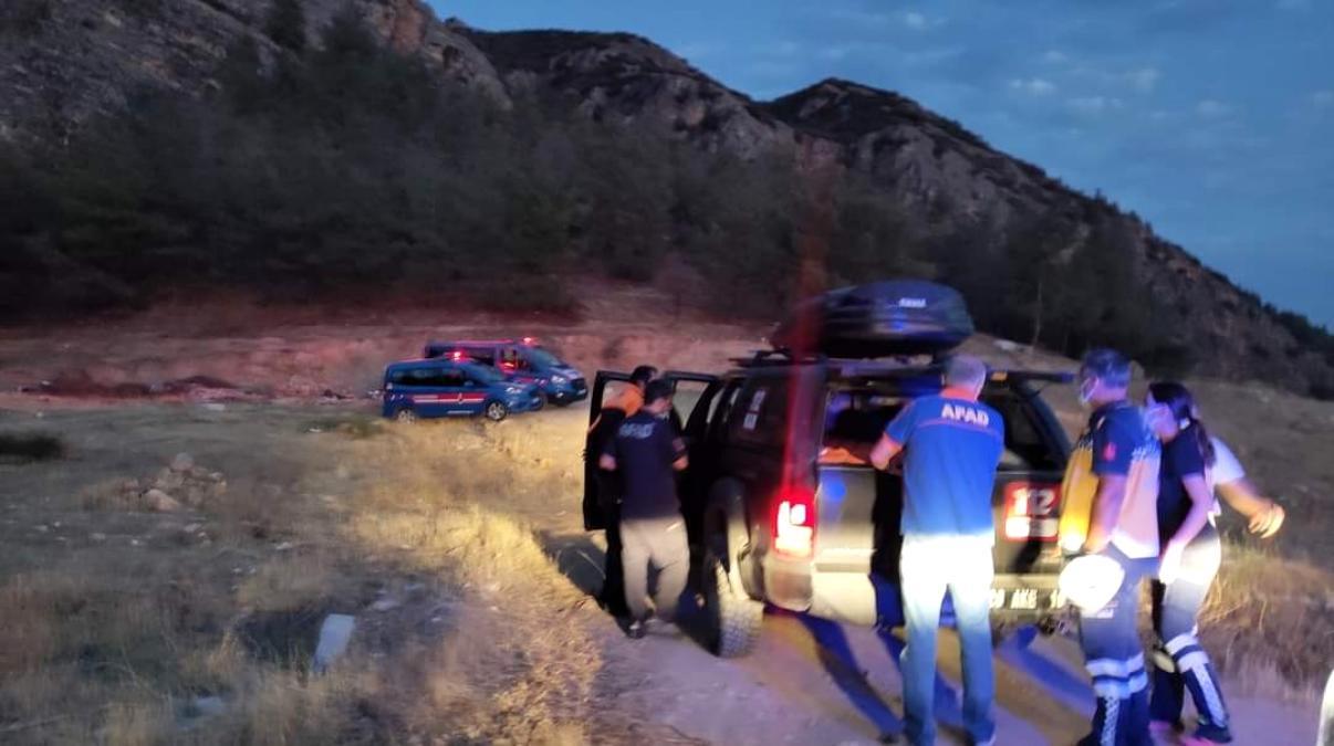 20 yaşındaki genç kız kayalıklardan düşerek yaralandı