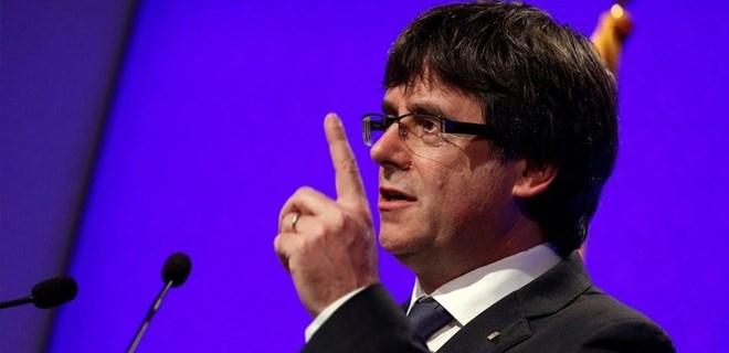 Katalonya Başkanı Puigdemont'tan net ifadeler!