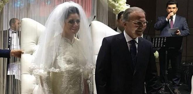 Mehmet Ali Şahin dünyaevine girdi