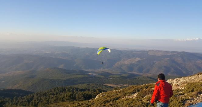Murat Dağında yamaç paraşütü keyfi