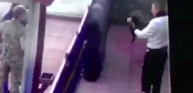Yavru kediye işkence yapan asker gözaltına alındı