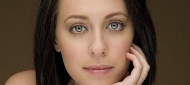 Komadaki genç oyuncu Jessica Falkholt yaşamını yitirdi
