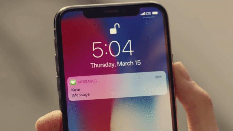 Hatalar iPhone X reklamına sızdı!
