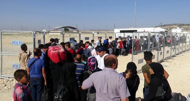 Bayram için ülkesine giden Suriyelilerin sayısı 40 bini aştı