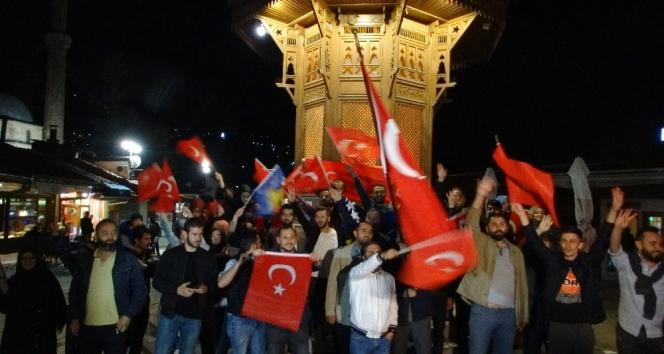 Erdoğanın zaferi yurt dışında da coşkuyla kutlandı