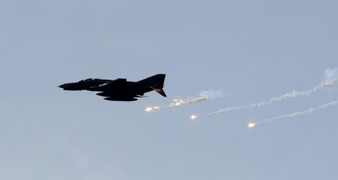 İdlibe hava saldırısı: 38 ölü