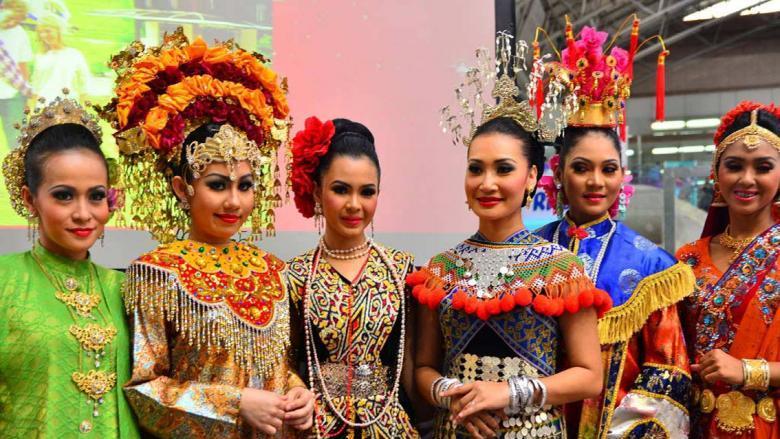 Malezya'da İnsanların Kendi Kültürlerini Tanıttığı İlgi Çekici 8 Doğal Fotoğraf