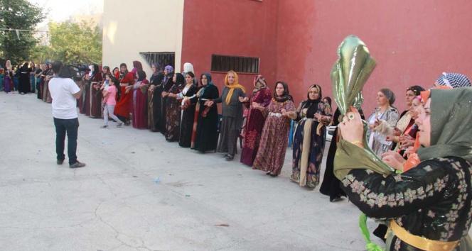 Aşiret düğününden Erdoğanın çağrısına tam destek
