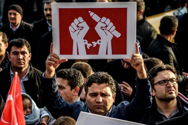 Economist'in 'Demokrasi Endeksi' Açıklandı: Türkiye 167 Ülke Arasında 110. Sırada