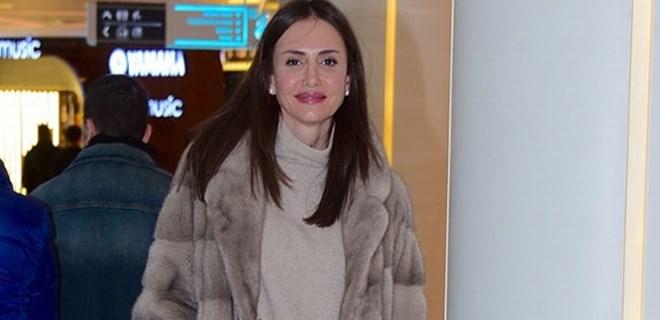 Emina Jahovic'in yüzünde güller açıyor