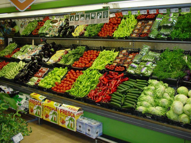 Göz Görmeyince Gönül Katlanır mı? Marketler Yüksek Fiyat Nedeniyle Patlıcan ve Biber Satmama Kararı Aldı