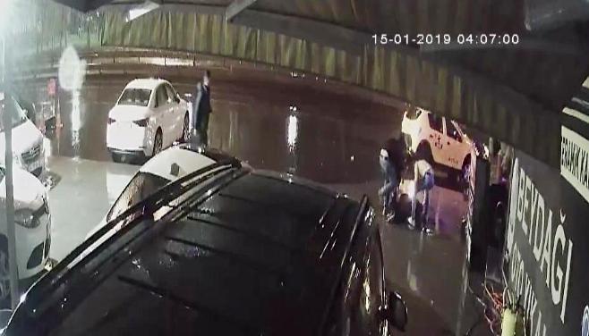 Suç İşlemeden 8 Saat Durabildi: Bir Barda 'İstek Şarkı' Yüzünden Mekan Sahibini Öldüren Kişi Yeniden Cezaevinde