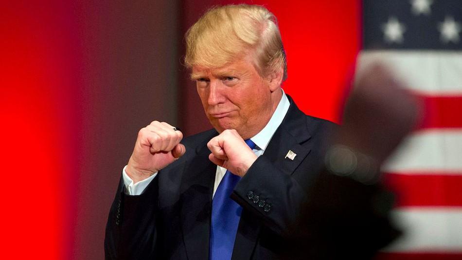 60 Kişiden Belge Talep Edilecek: ABD Başkanı Trump'a 'Gücünü Kötüye Kullanma' Soruşturması