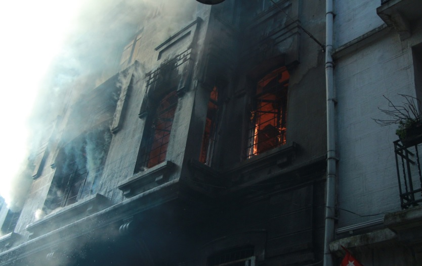 Dört Kişinin Hayatını Kaybettiği Yangın Altından Kundaklama Çıktı: 'Öldürmek İçin Yakmamış'