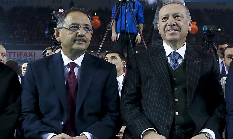 Özhaseki'den İcazet Vurgusu: 'Tayyip Bey İzin Verirse Mansur Yavaş'la Televizyonda Tartışmak İsterim'