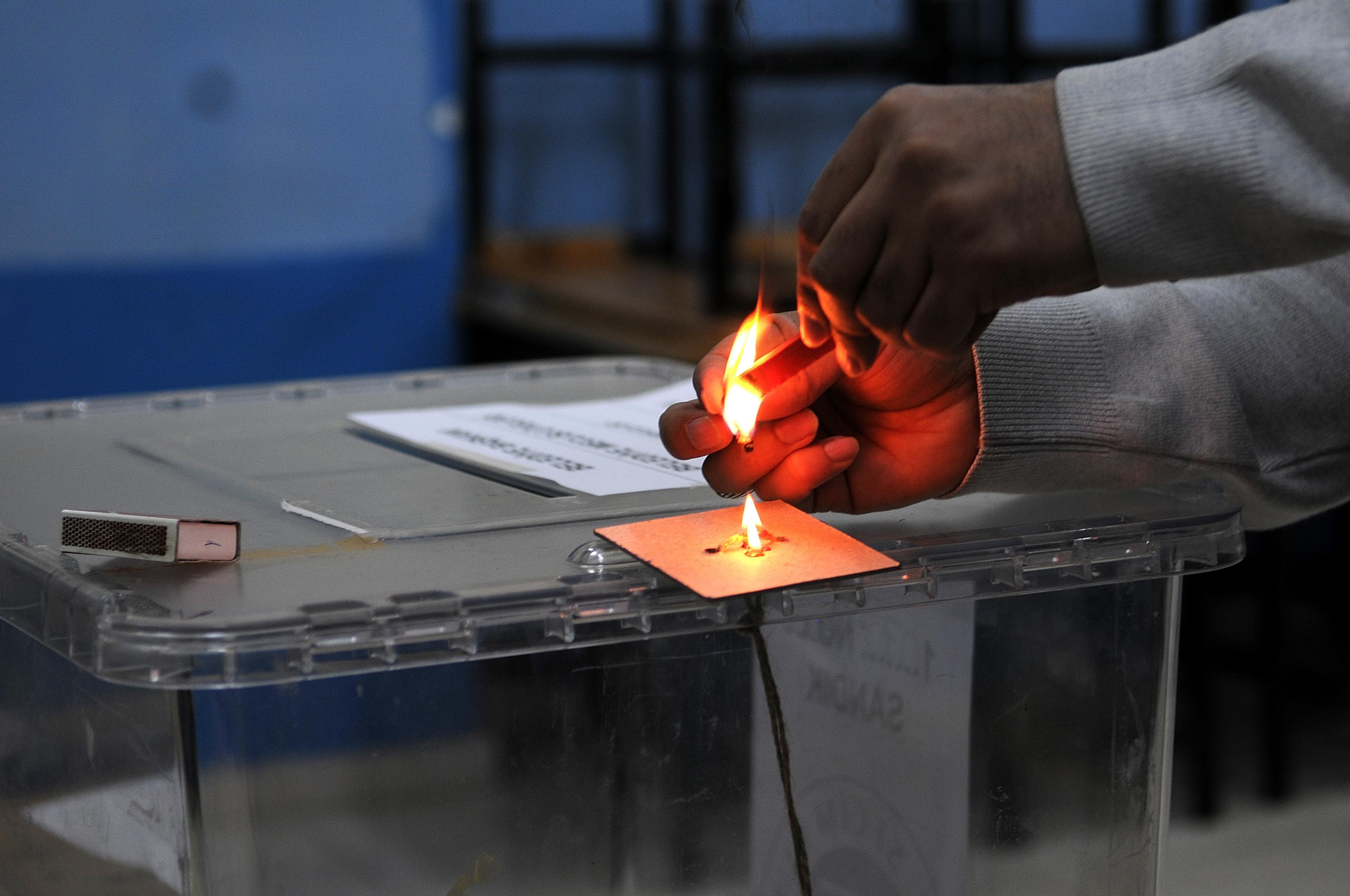 AKP İtiraz Etmişti: İstanbul'da Üç İlçede Geçersiz Oylar Yeniden Sayılacak