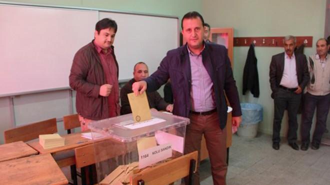 AKP'li Başkan 'Bir Oy Fark Atsınlar İzmir'i Terk Etmeyen Namerttir' Demişti: 7 Bin Oy Fark Yedi