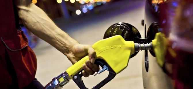 Benzinin Litre Fiyatına 19 Kuruş Zam Yapıldı
