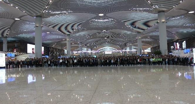 İstanbul Havalimanı'nda 'büyük göç' sonrası ilk uçuş heyecanı
