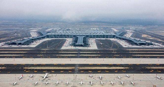İstanbul Havalimanı'ndaki son durum havadan görüntülendi