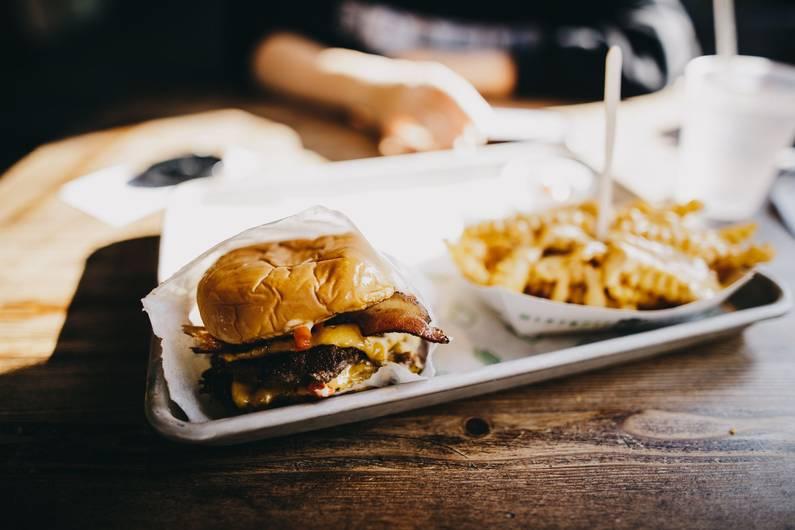 Yerken Bir Kez Daha Düşünün: Her Beş Ölümden Birinin Nedeni Sağlıksız Beslenme