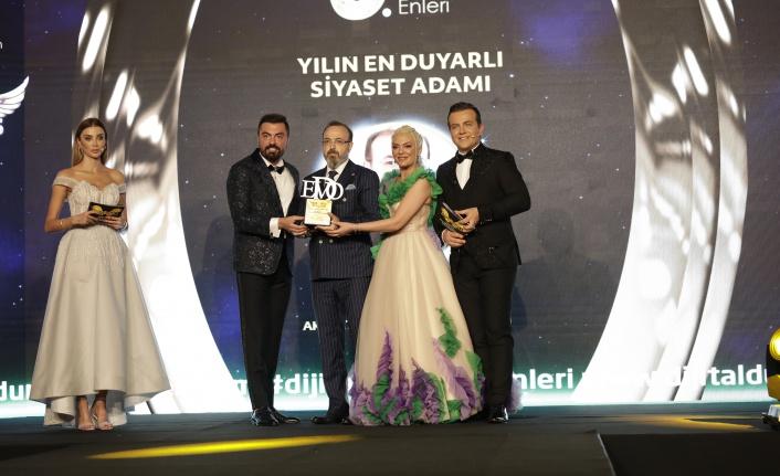 Yılın en duyarlı siyaset adamı: Mustafa Yel / Akparti MKYK üyesi / Tekirdağ milletvekili seçildi.