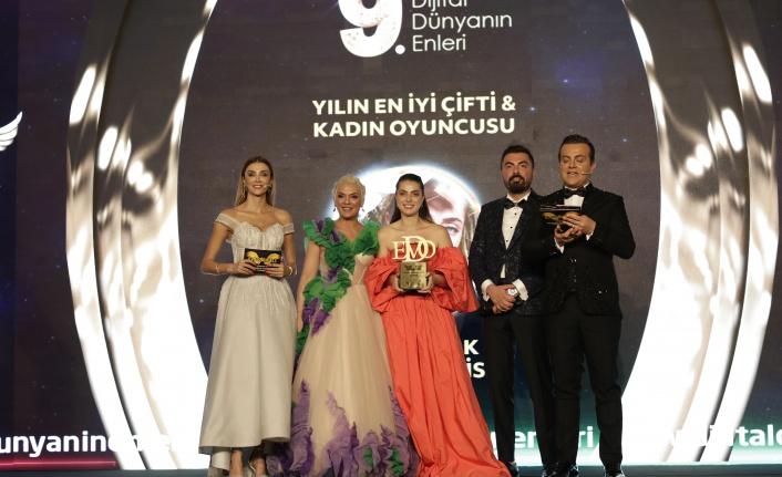 Yılın en iyi çifti & kadın oyuncusu: İlay Erkök seçildi.