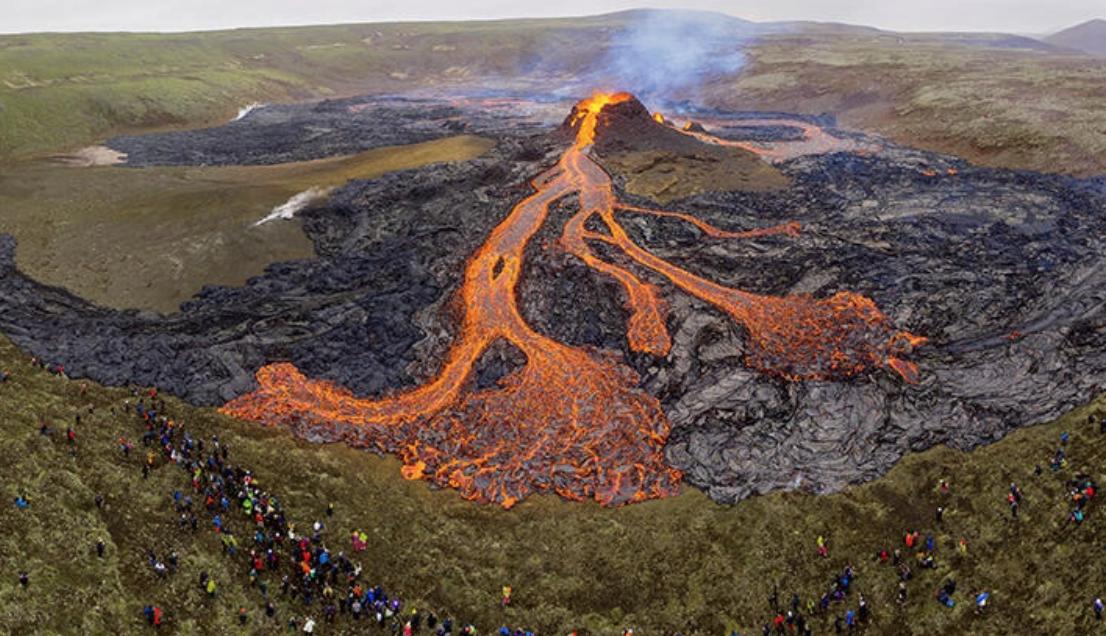 23 Günde 50 Bin Deprem: İzlanda'yı Ayağa Kaldıran Volkan