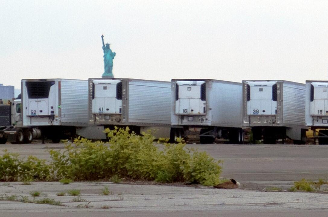 ABD'de 750 Korona Mağdurunun Cenazesi Hâlâ Soğutmalı Kamyonlarda Bekliyor