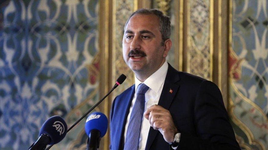 Adalet Bakanı Gül'den 'AYM Düzenlemesi' Açıklaması: 'Hukukun Üstünlüğü İçin Her Türlü Değişiklik Yapılabilir'