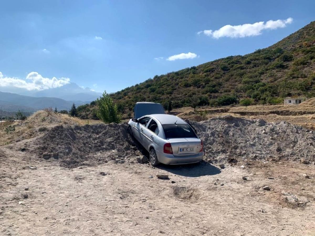 Ailesinin aracını kaçıran ehliyetsiz genç kaza yaptı: 5 yaralı