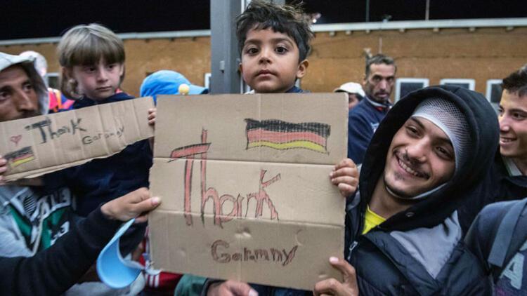 Almanya Yılın İlk Yarısında 47 Bin Mülteciyi Kabul Etti