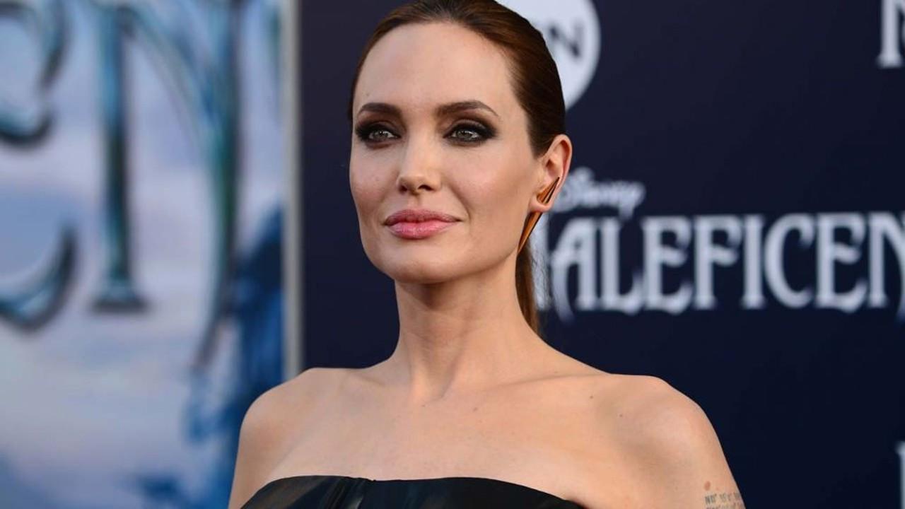 Angelina Jolie Afganistan için Instagram'a katıldı