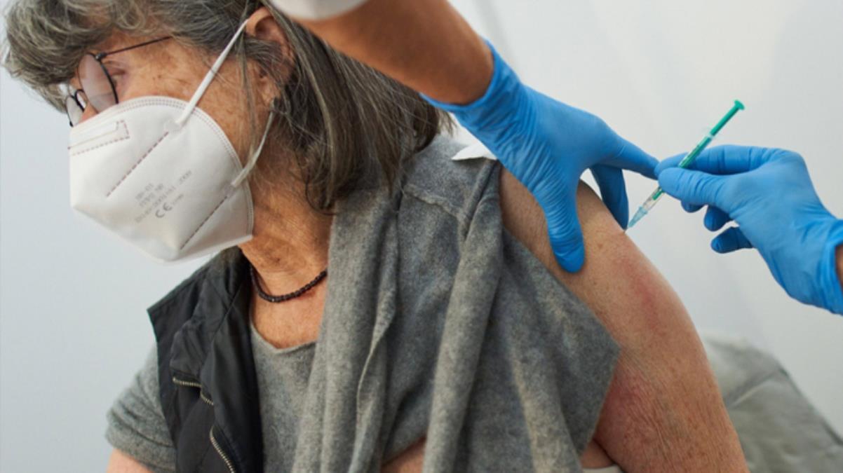 Aşı olduktan sonra 33 kişinin öldüğü Norveç, Pfizer aşısının güvenli olduğunu açıkladı