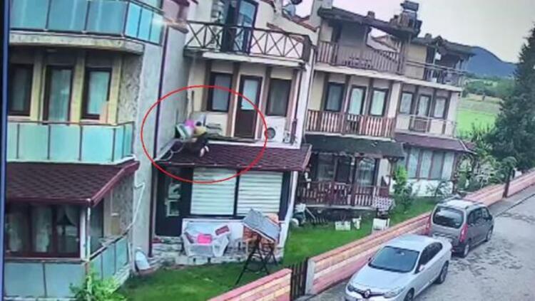 Balkondan Tırmanarak Eve Giren Tacizci Yakalandı