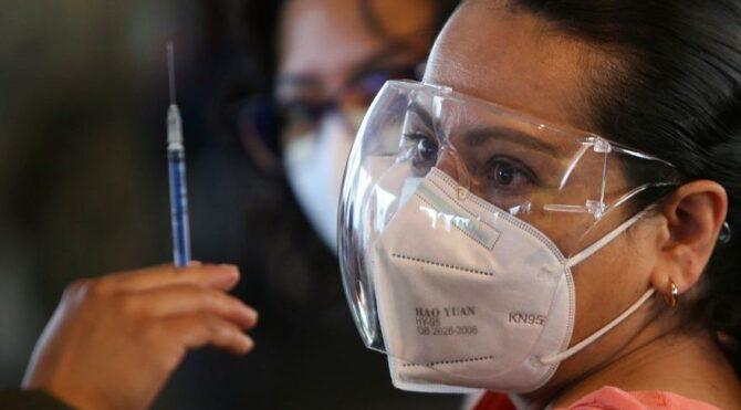 Bilim insanları: Pfizer ve Moderna aşıları Hint mutasyonuna karşı etkili