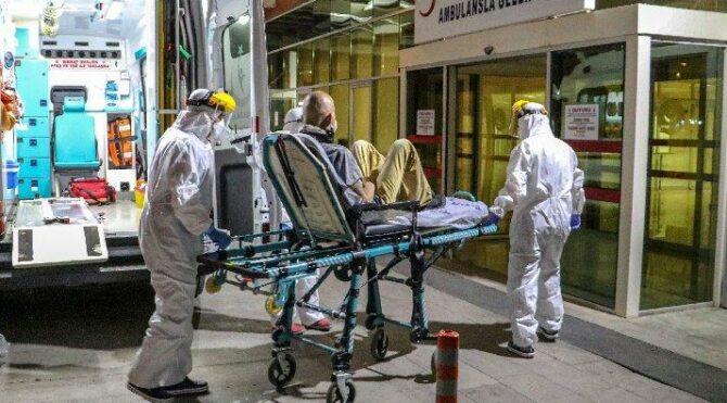 Bilim Kurulu üyesinden korkutan uyarı: Bastırılan yay gibi tekrar zıplar