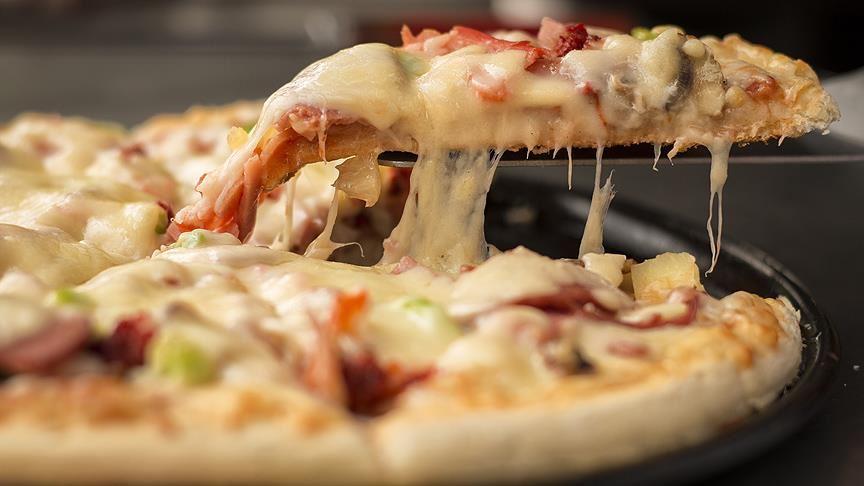 Binali Yıldırım'ın Kardeşi Kızılay'ın 'Askıda Pizza' Uygulamasına Tepkili: 'Daha Ne Saçmalıklar Göreceğiz'
