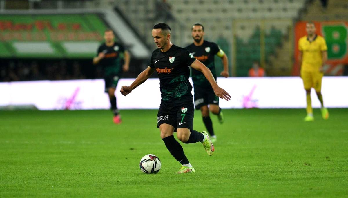 Bursasporlu futbolcu Namiq Alasgarov'a Milli davet