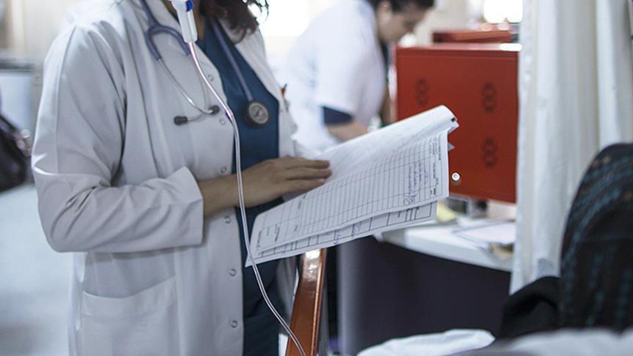 CHP'li Tanal İsyan Etti: Şanlıurfa'da Bir Tane Çocuk Gastroentoloji Doktoru Yok