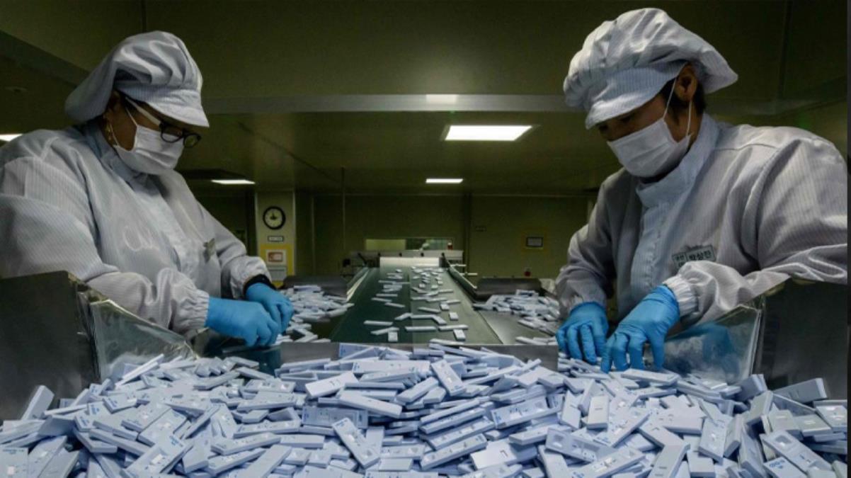 Çin'in büyük planı deşifre oldu! Koronavirüs testleriyle küresel genetik veri tabanı oluşturuyorlar