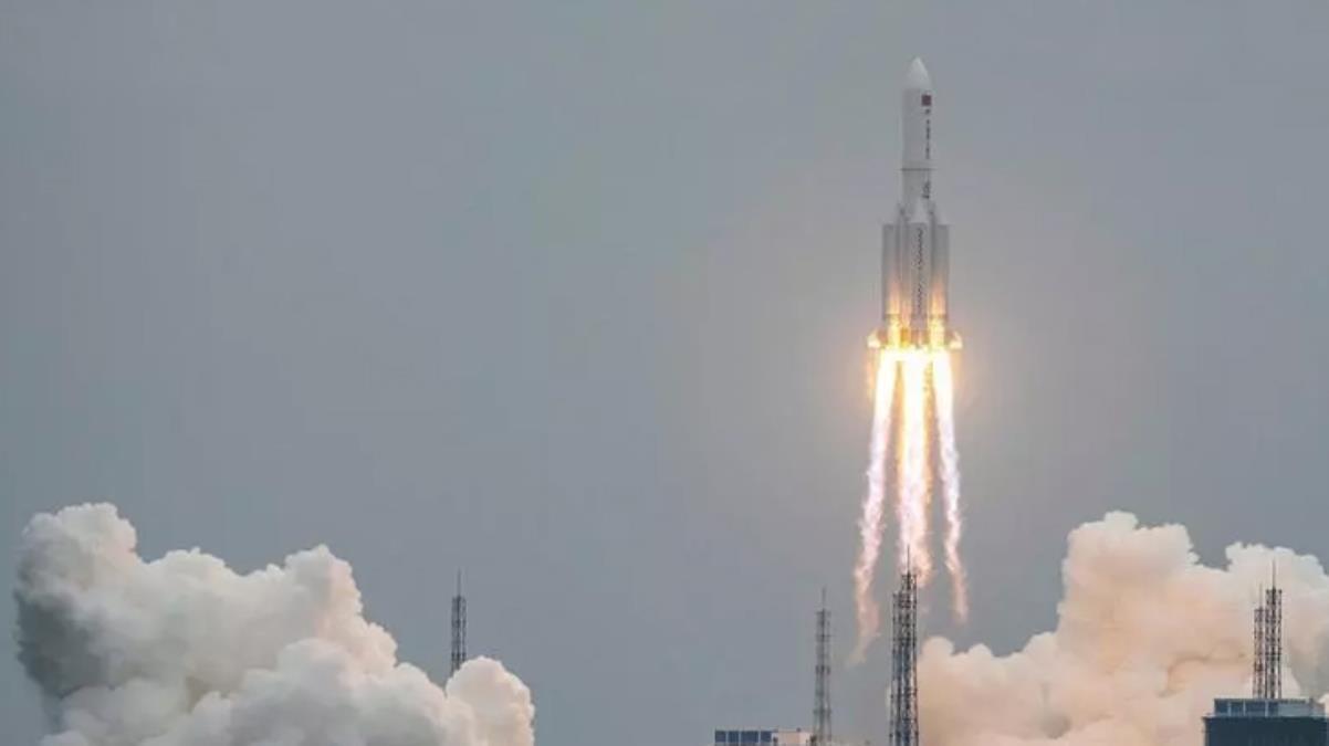 Çin'in kontrolden çıkan roketiyle ilgili NASA'dan eleştiri: Şeffaf değiller