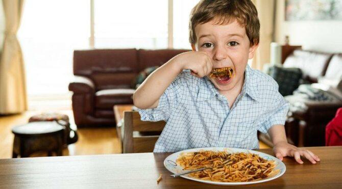 Çocuğunuz sağlıklı besleniyor mu?