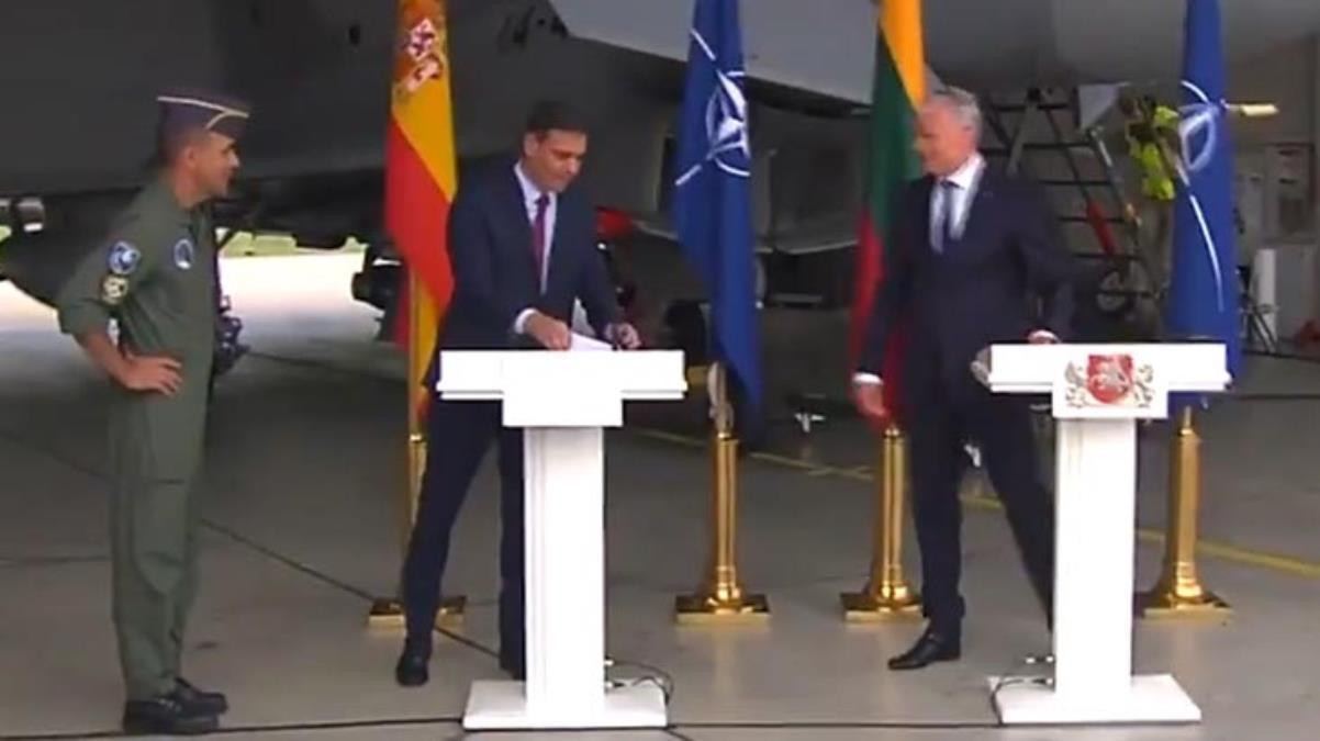 Devlet başkanlarının savaş uçağı paniği! Basın toplantısı Rus uçağı yüzünden yarıda kesildi