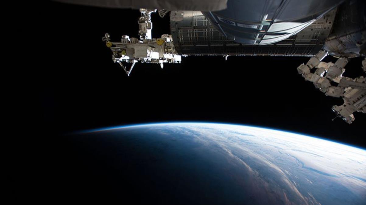 Dünya'ya 6 ay hasret kalacaklar! Çin, en uzun süreli insanlı uzay görevine çıkacak ekibini tanıttı