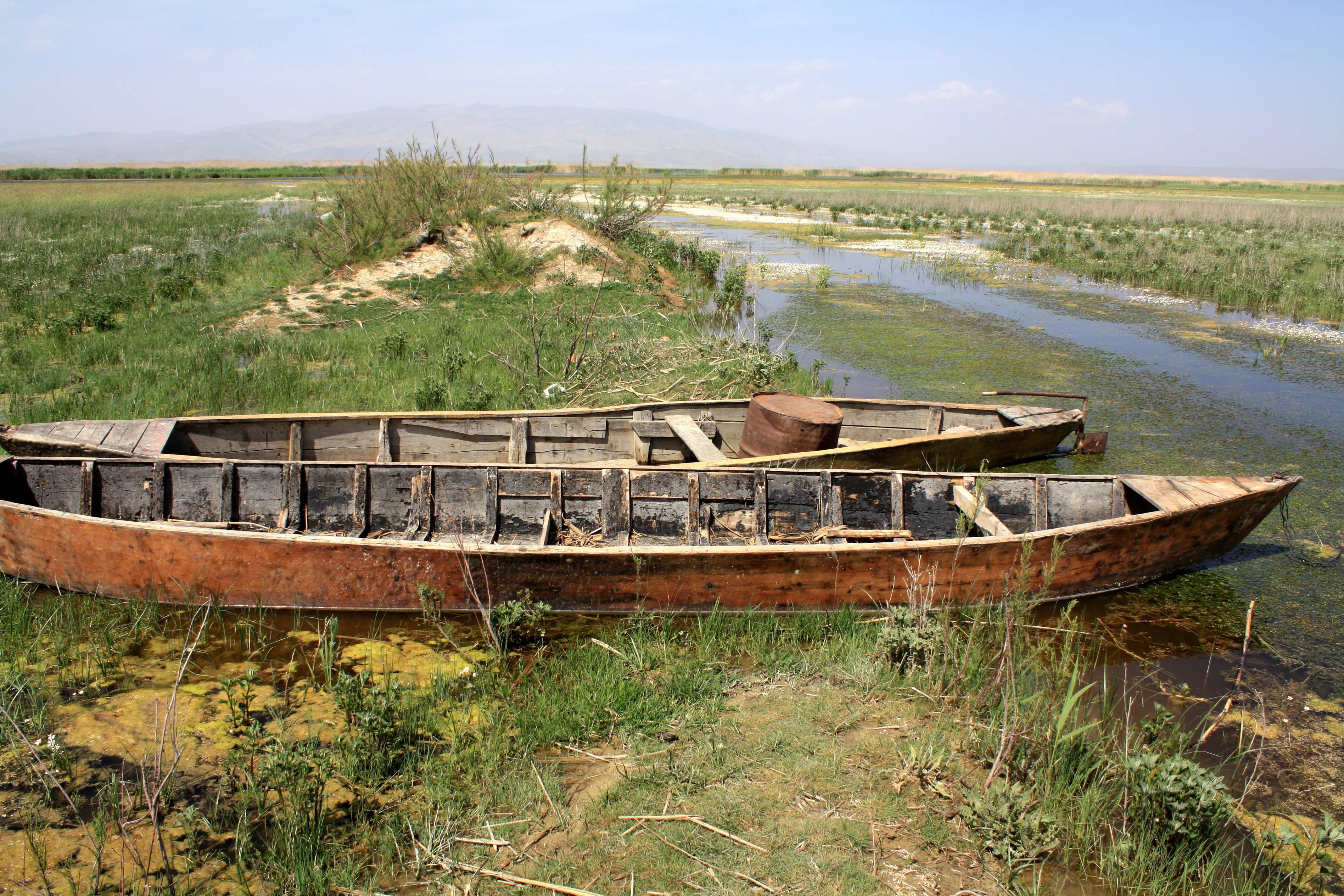 Eber Gölü Yok Olmak Üzere: