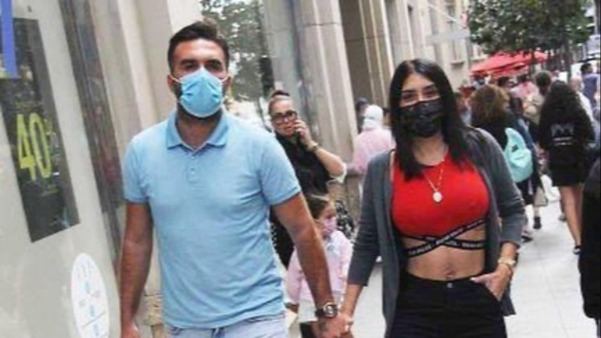 Ebru Polat, aşı olmadığı için pişman