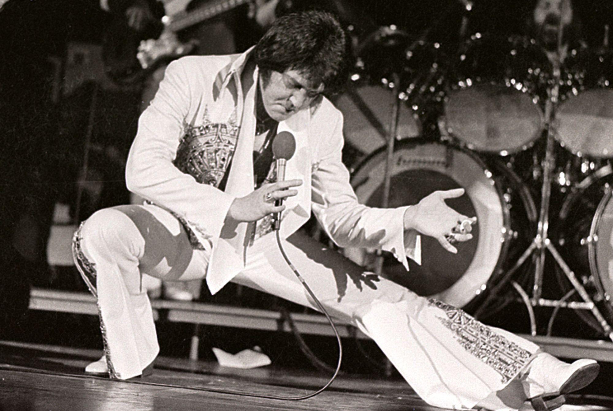 Elvis Presley'in Kostümü 1 Milyon Dolara Satıldı