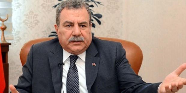 Emin Çölaşan Muammer Güler'e Sordu: 'Halkbank'ta Parası Çalınan MG Sen misin?'